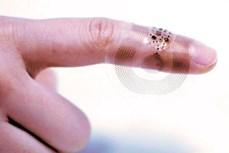 Thiết bị cảm biến không dây mới phù hợp với làn da trẻ sinh non