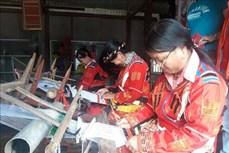 Ngày Văn hóa các dân tộc Việt Nam 19/4: Giúp đồng bào các dân tộc bảo tồn, phát huy trang phục truyền thống