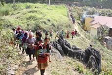 Lễ cúng rừng của người Mông ở Lử Thẩn
