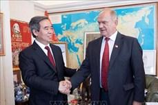 越南与俄罗斯共产党加强合作关系