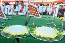 Đặc sắc Lễ hội bánh chưng, bánh giày truyền thống tại đền Độc Cước