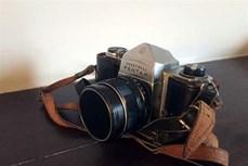 """""""照相机讲述的故事""""展览会: 战争与和平的桥梁"""