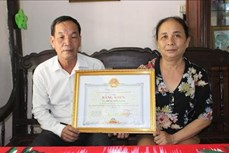 Lão nông Phùng Tiến Quang hiến đất xây công trình phúc lợi