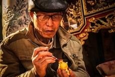 """Nghệ nhân Phùng Đình Giáp - Người """"giữ lửa"""" nghề làm tượng phỗng"""