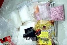 越中两国公安力量配合对跨国制造毒品案件进行进一步调查