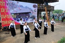 Nghệ thuật múa xòe trong văn hóa Thái (Bài 2)