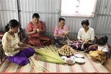 Về vùng Bảy núi An Giang thưởng thức món bánh Kà tum của đồng bào Khmer