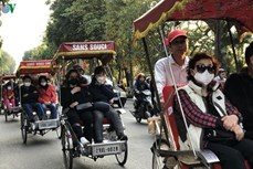 新冠肺炎疫情:河内确保游客的安全和向游客提供援助