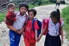 Dịch COVID-19: Quảng Ngãi nỗ lực giúp học sinh vùng nông thôn, miền núi ôn tập tại nhà