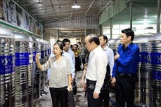 Xây dựng chuỗi sản xuất, chế biến và xuất khẩu thanh long