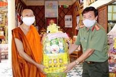 Đón Tết Chôl Chnăm Thmây gọn nhẹ, đồng bào Khmer An Giang đồng lòng cùng cả nước chống dịch COVID-19