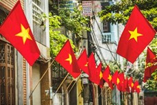 Hà Nội trang hoàng, cổ động kỷ niệm 45 năm Ngày giải phóng miền Nam, thống nhất đất nước
