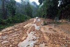 Điện Biên tạm thời thông tuyến quốc lộ 279 sau sự cố sạt lở gây ách tắc giao thông