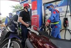 Giá xăng E5 giảm về dưới 11.000 đồng/lít từ 15 giờ ngày 28/4