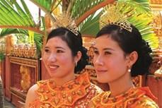Độc đáo trang phục truyền thống phụ nữ Khmer