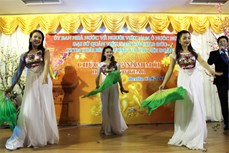 Người Việt ở nước ngoài đón Tết cổ truyền của dân tộc