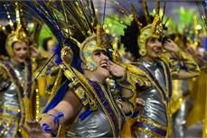 Lễ hội hóa trang ở Brazil