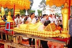 Lễ tắm Phật của đồng bào Khmer