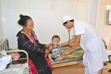 Điện Biên làm tốt chính sách bảo hiểm y tế cho đồng bào