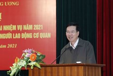 越共中央宣教部部长武文赏:尽早将越共十三大新闻中心投入运行
