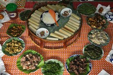 戈都族人春节特色美食