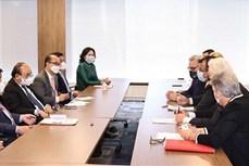 越南国家主席阮春福会见美国各协会和各大公司领导