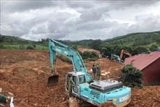 广治省向化县泥石流事故:已找到10具尸体动员所有力量进入现场开展抢险救灾工作