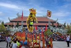南方人春节舞麒麟的习俗