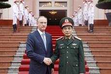 越南人民军总参谋长会见俄罗斯联邦国家安全委员会秘书