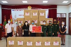新冠肺炎疫情:旅居老挝越南人与老挝政府携手抗疫