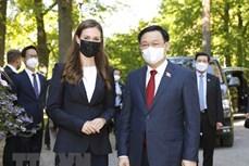 越南国会主席王廷惠圆满结束出席第五次世界议长大会、访问欧洲议会、比利时和芬兰之行