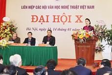 越南国会主席阮氏金银出席越南文学艺术协会联合会全国代表大会