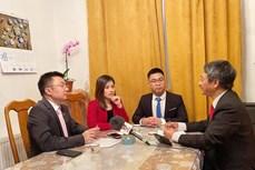 越共十三大:旅居捷克越南青年希望为国家建设事业献力