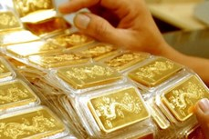7日上午越南国内市场黄金价格每两上涨10万越盾
