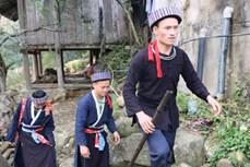 Đặc sắc nghi lễ cưới hỏi của người Mông xanh
