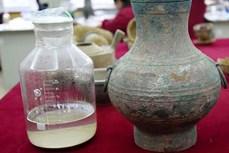 Trung Quốc: Phát hiện lọ đồng 2.000 năm đựng chất lỏng lạ