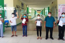 Ca mắc COVID-19 đầu tiên trong cộng đồng ở Đà Nẵng được công bố khỏi bệnh nhưng vẫn phụ thuộc hoàn toàn vào ECMO và máy thở