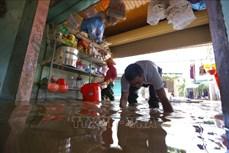 Hà Tĩnh: Tập trung dọn vệ sinh, phòng chống dịch bệnh tại hàng chục cơ sở y tế sau ngập