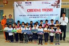 """TTXVN mang """"Tết ấm cho học sinh nghèo vùng cao"""" tỉnh Kon Tum"""
