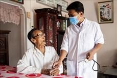 Danh Ngọc Châu - Bác sĩ người Khmer hết lòng chăm sóc sức khỏe cho dân nghèo