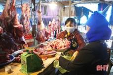 Cơ quan chức năng khuyến cáo bệnh viêm da nổi cục trên trâu bò không lây cho người