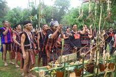 """Tái hiện nghi thức """"Buôn làng vào hội"""" của cộng đồng các dân tộc Tây Nguyên"""