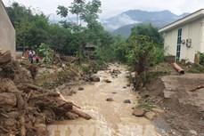 Cảnh báo nguy cơ xảy ra lũ quét, sạt lở đất đá bất ngờ ở Lào Cai