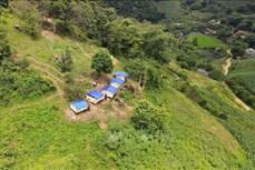 Làm nhà, lán tạm để cách ly phòng, chống dịch COVID-19 ở Sơn La