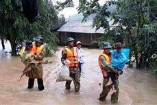 Hơn 13.000 nhà dân bị ngập, nhiều thôn, bản bị cô lập do mưa lũ tại Quảng Bình
