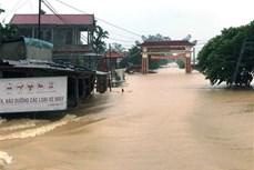 Lũ lên nhanh, cảnh báo nâng cấp độ rủi ro thiên tai từ Hà Tĩnh đến Thừa Thiên-Huế