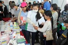Hỗ trợ người dân huyện Nam Trà My khắc phục hậu quả bão lũ