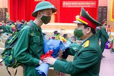 Quân khu 4 tổ chức giao nhận quân nhanh gọn, an toàn và tiết kiệm
