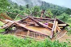 Mưa lớn, dông lốc làm một người bị thương, 534 ngôi nhà dân bị thiệt hại ở Yên Bái