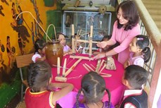 """Học sinh 5 - 6 tuổi vùng dân tộc thiểu số ở Kon Tum có thể """"khoanh vùng xanh"""" để học theo từng nhóm nhỏ"""
